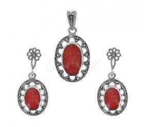 Komplet srebrny pr.925  Kolczyki z zawieszką czerwony koral i markazyty