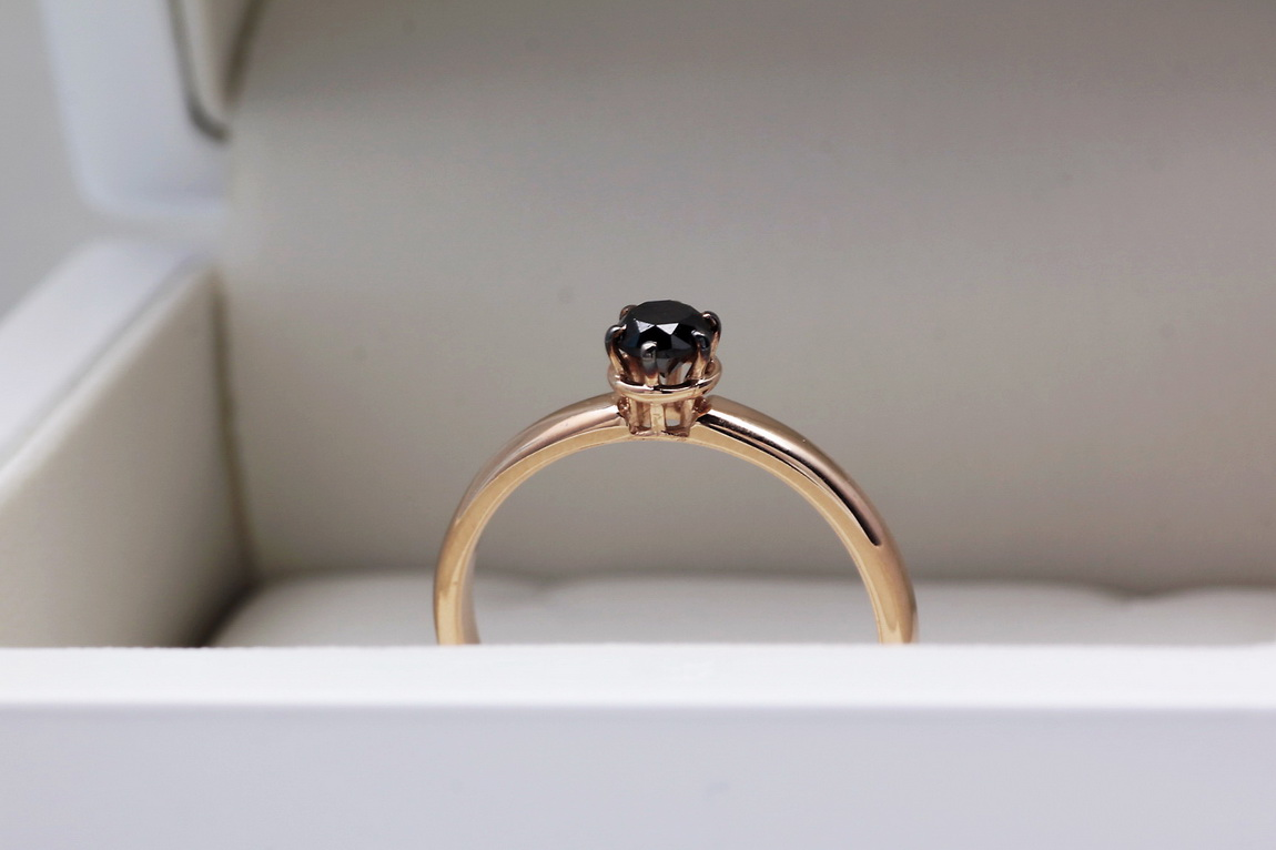 Staviori Pierścionek Z Różowego Złota 0585 1 Diament Czarny
