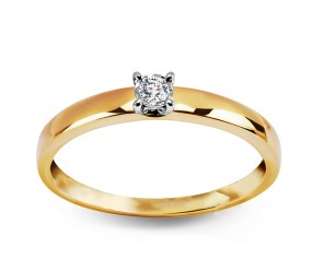 Staviori Pierścionek. 1 Diament, szlif brylantowy, masa 0,05 ct., barwa H, czystość I2. Żółte Złoto 0,585. Średnica korony ok. 2,6 mm.