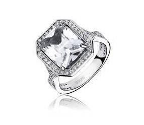 Srebrny modny pierścionek pr.925 Cyrkonia biała