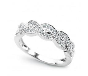 Staviori Pierścionek. 34 Diamenty, szlif brylantowy, masa 0,21 ct., barwa H, czystość I1. Białe Złoto 0,585. Szerokość 5 mm.