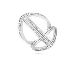 Srebrny pierścionek Duży pr.925 z białą cyrkonią nowoczesny