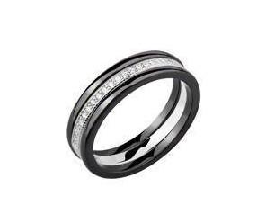 Dwa czarne pierścionki ceramiczne i pierścionek srebrny z cyrkoniami